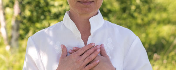 5 ways to stop heart palpitations during menopause | A Vogel