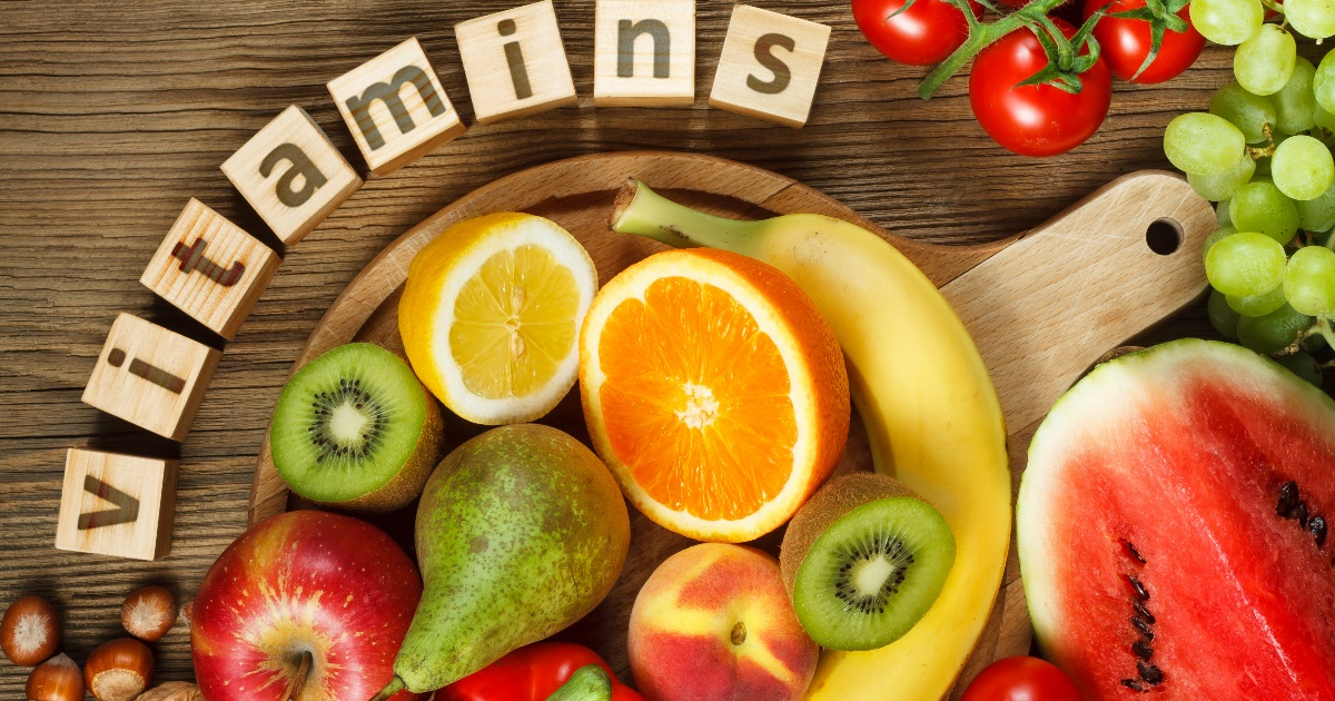 how do vitamins and minerals work together